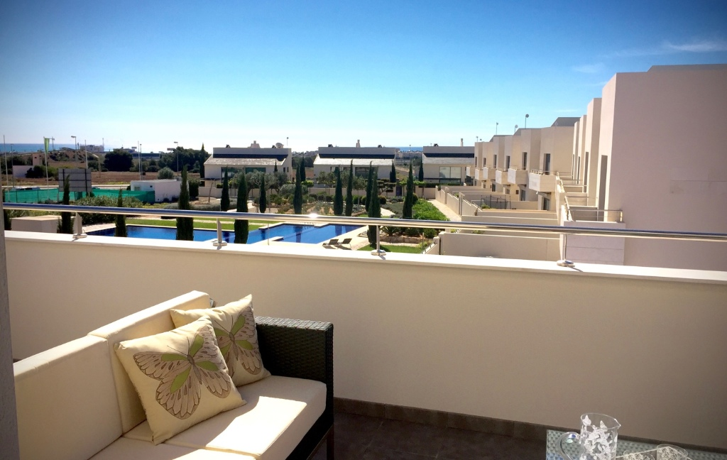 New build apartments for sale in a beautiful residential complex of Villamartin area. Private resid,Spain