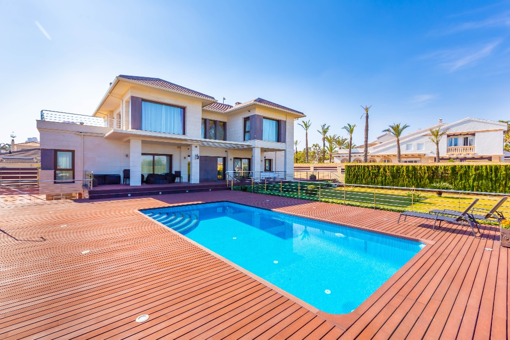 Ref:OC-99952 Villa For Sale in La Mata