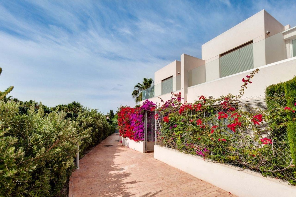 Ref:OC-68851 Townhouse For Sale in Punta Prima