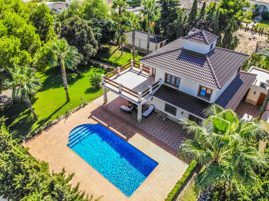 Ref:OC-76469 Villa For Sale in Los Balcones