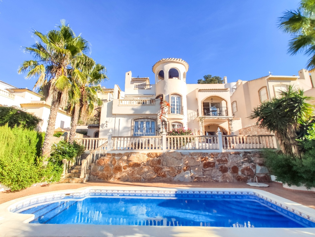 Ref:OC-72248 Villa For Sale in Las Ramblas