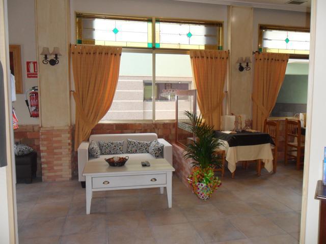 Коммерческая недвижимость в La Marina