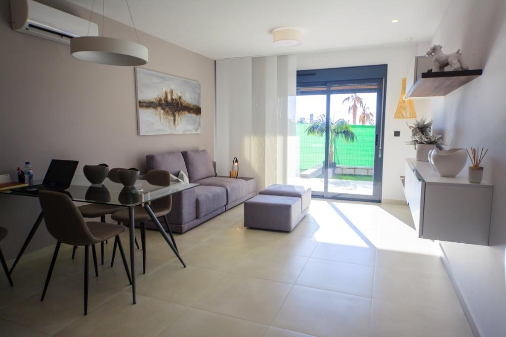 Квартира в El Raso, Guardamar