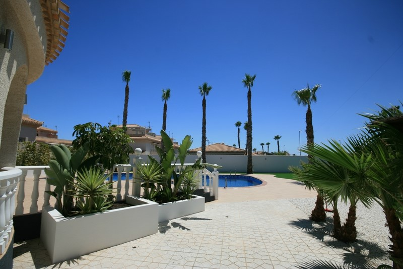 Роскошная вилла в Playa Flamenca